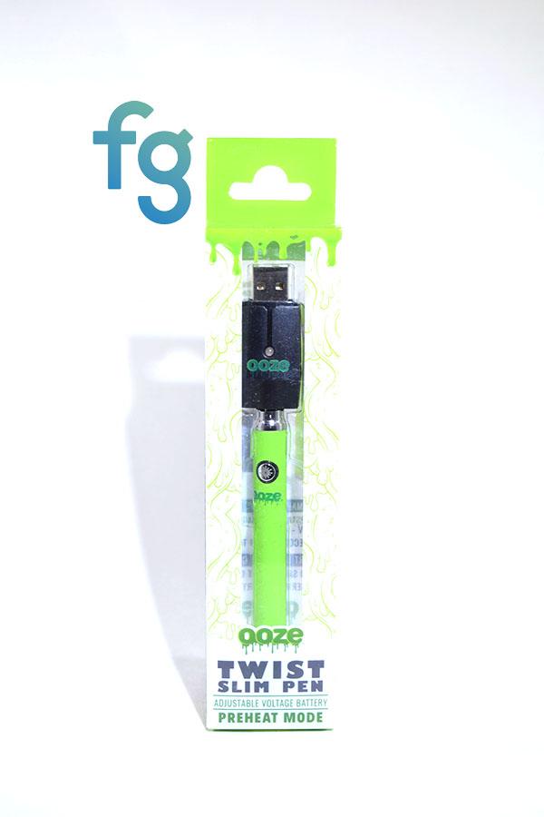 Ooze - Green Slim Pen Twist Battery w/ USB Smart Charger